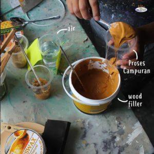 Biovarnish wood filler sebelum aplikasi varnish teknik kuas