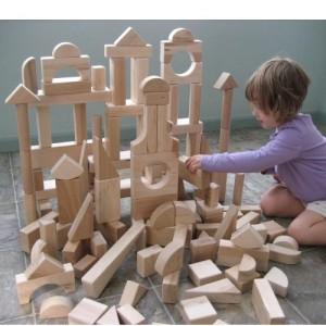 Waspadai keberadaan bakteri berbahaya pada mainan anak.